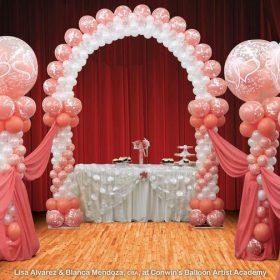 Trang trí cổng sinh nhật con đường hồng