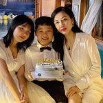 Vợ cũ của cố NS Vân Quang Long tổ chức sinh nhật cho con trai, đáng chú ý nhất là thái độ của cô gái bán dâm sau những biến cố liên tiếp.