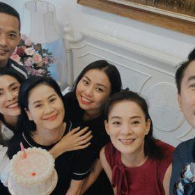 Hà Tăng cùng hội bạn thân tổ chức sinh nhật cho Thân Thúy Hà, không quên hờn dỗi đàn chị gắn bó hơn chục năm vì chuyện này?