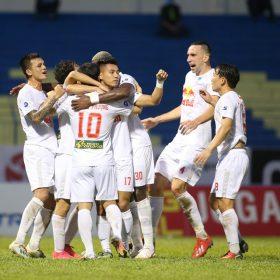 HAGL cân bằng kỷ lục thắng y hệt 17 năm trước, Xuân Trường nhận quà sinh nhật 'khủng' | Bóng đá Việt Nam