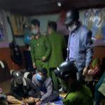 Lâm Đồng: Phạt chủ nhà tổ chức sinh nhật giữa dịch Covid-19 số tiền 15 triệu đồng | Thời sự